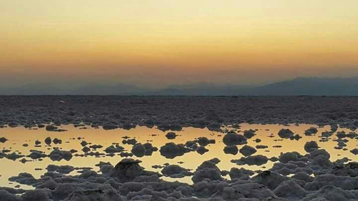 تصویری غم انگیز از غروب دریاچه ارومیه...