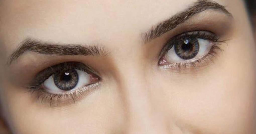 درمان های طبیعی برای رفع کبودی دور چشم ها